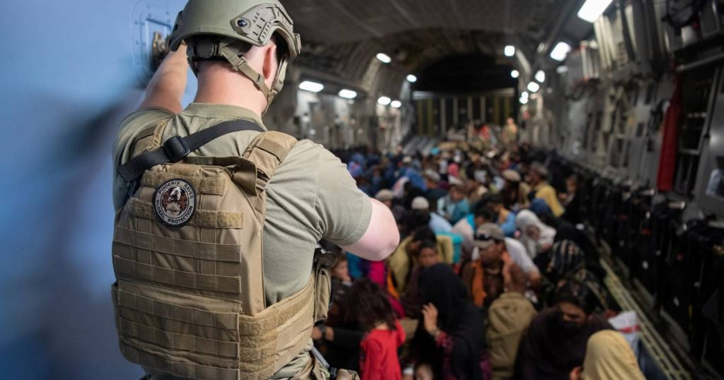1,500 Americans await evacuation from Kabul, RAF still has to evacuate 2,000 |  Afghanistan in the hands of the Taliban