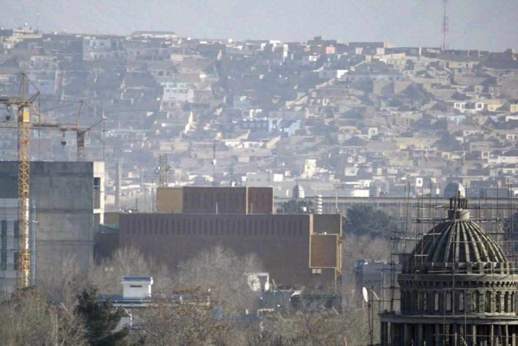 Personeel VS en UK uit Afghaanse hoofdstad Kaboel geëvacueerd, nu al wordt gedreigd dat 'nieuwe overheid' niet zal erkend worden
