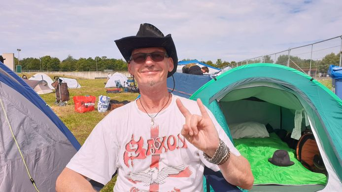 """""""I absolutely love it.  The entrance is 20,000 times better than the entrance in Graspop"""", says Mike van Molokom of Wijchen in the Netherlands."""