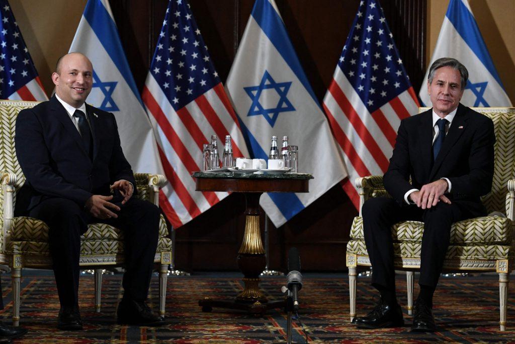 Israëlische premier Bennett bezoekt voor eerst Amerikaanse president Biden