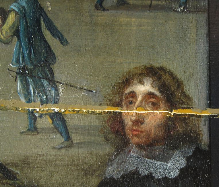 The restoration process revealed details of the original coat of paint, such as the eyes of painter Willem van Hacht.  RV . picture