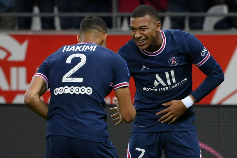 There is a big debut: Lionel Messi completed the first minutes with Paris Saint-Germain in Reims, and Kylian Mbappe scored two goals.