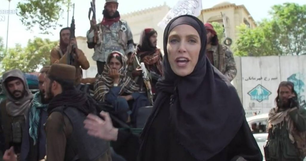 A CNN journalist from Kabul in a black abaya: 'I had to step down because I'm a woman'    Afghanistan in the hands of the Taliban