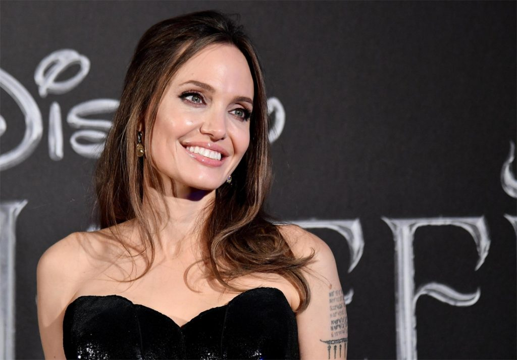 Angelina Jolie draws attention to Afghanistan and breaks ...