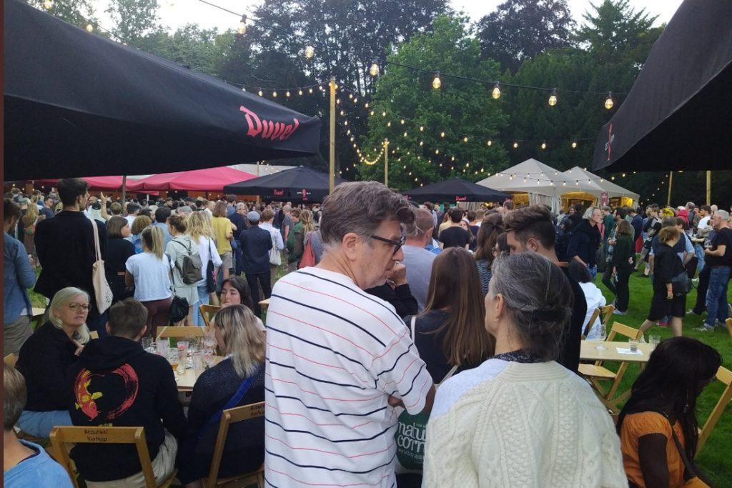"Complaints about long queues at Gaz-Middleheim: ""Technician ... (Antwerp)"