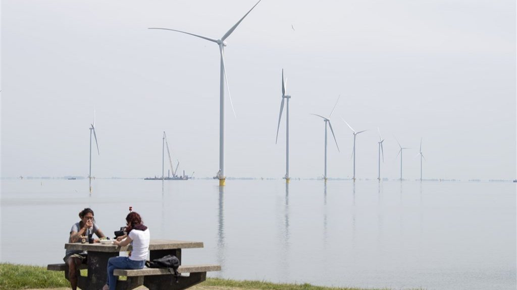 Shell will supply Dutch consumers with electricity and gas