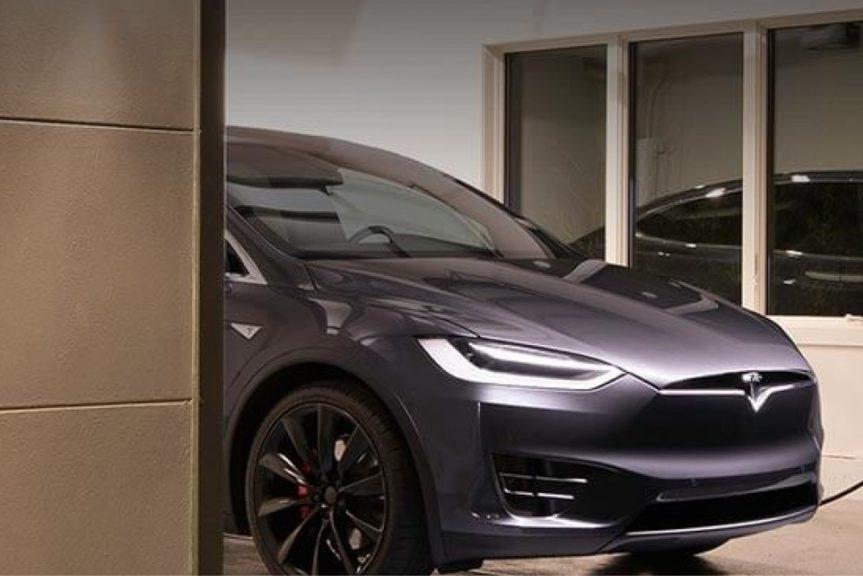 Alleenstaande zal capaciteitstarief voelen in portemonnee, de Tesla-rijder doet goede zaak