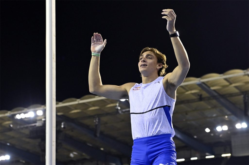 There is no world, but Doblan's standard pole vaulting encounter...