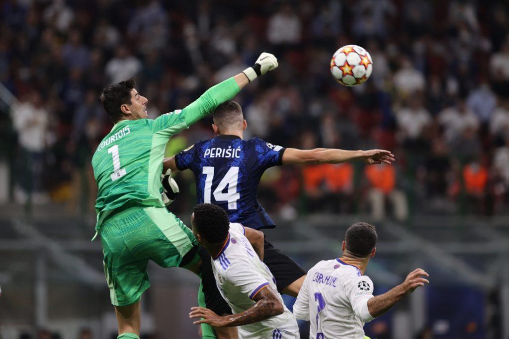 """Iedereen is wild van Thibaut Courtois na Europese topmatch voor Real Madrid: """"Sorry, maar hij is de beste ter wereld"""""""