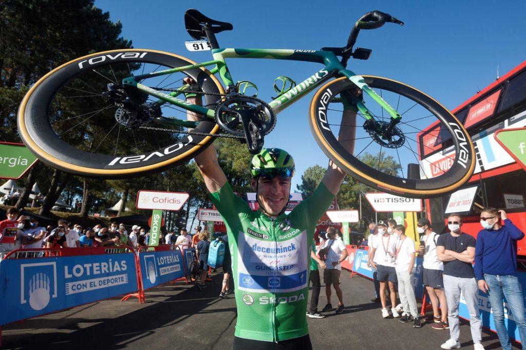 """Euforie groot bij Fabio Jakobsen, die puntentrui in Vuelta niet meer kan ontlopen: """"Dit is geweldig"""""""