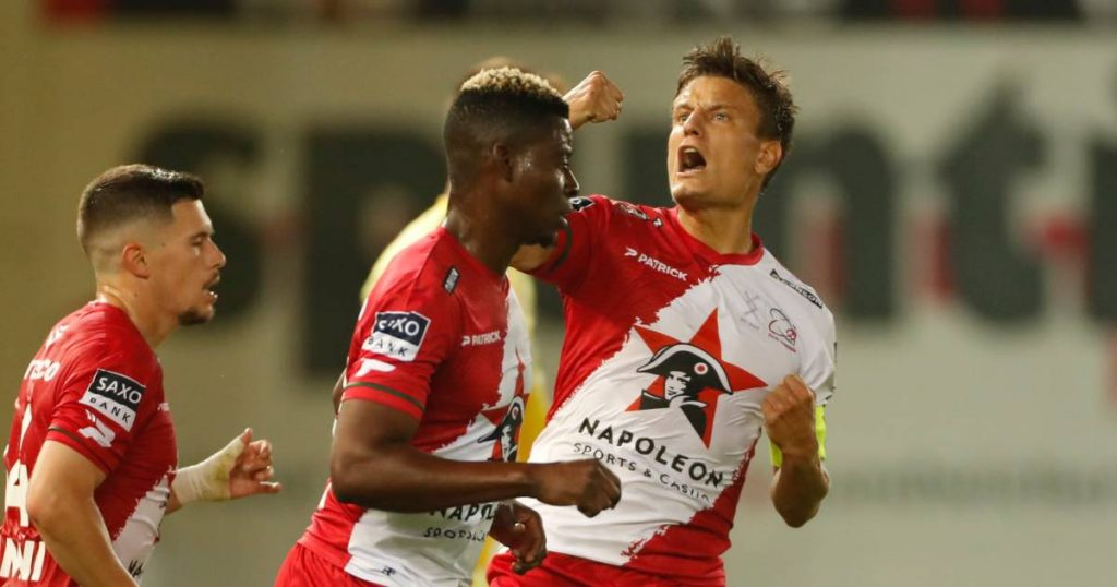 Zolt Waregem saves a point in his neighbor's match against KV Kortrijk after two goals in four minutes    Jupiler Pro League
