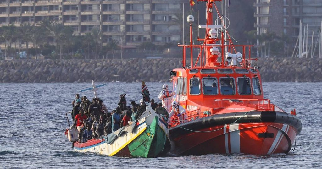 14 survivors found off the coast of the Balearic Islands    Abroad