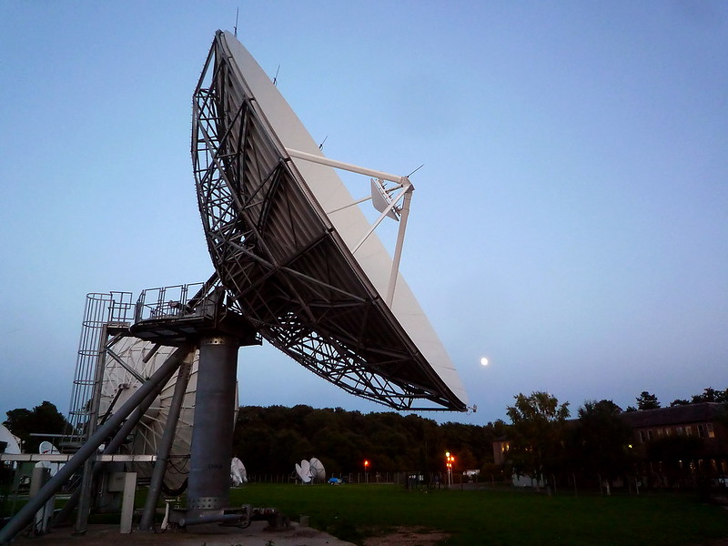 Eutelsat increases its stake in Oneweb