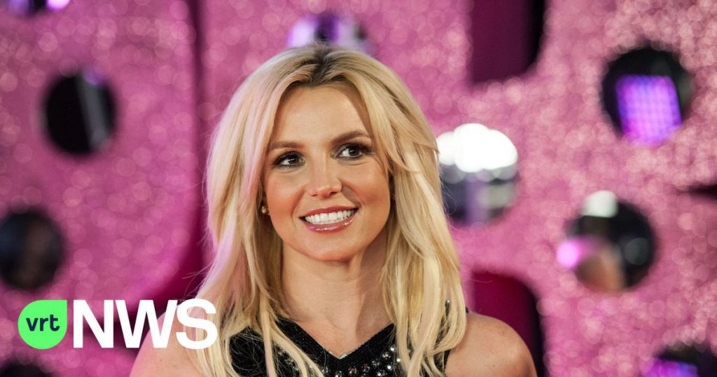 Britney Spears thanks the #FreeBritney movement for its support in the booking process: 'Crying for two hours'