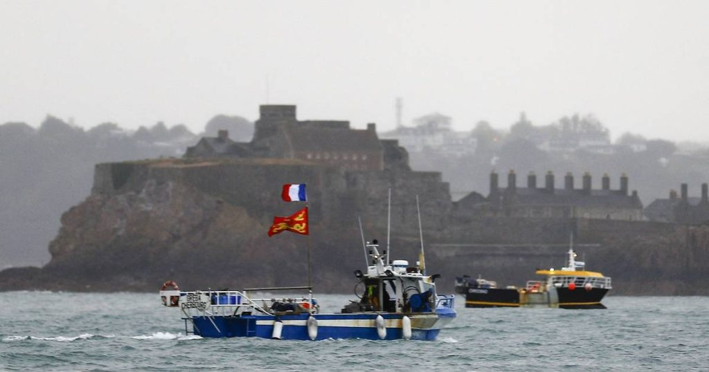 France threatens retaliation in fishing dispute with UK |  Abroad