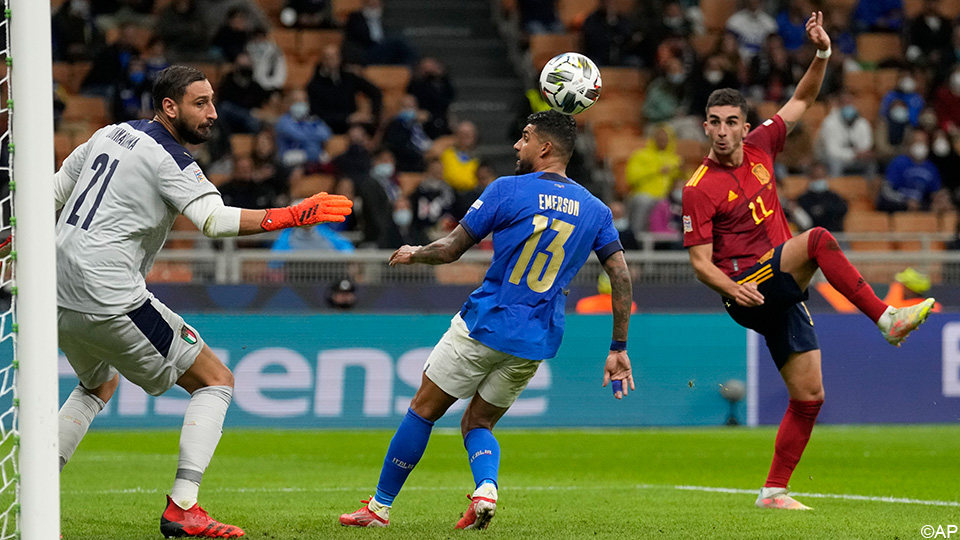 Live: Italy in dirty papers, two goals in chalk and one less man |  UEFA Nations League 2020/2021